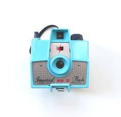 Vintage Imperial Mark XII Camera with Flash by TheVintageResource