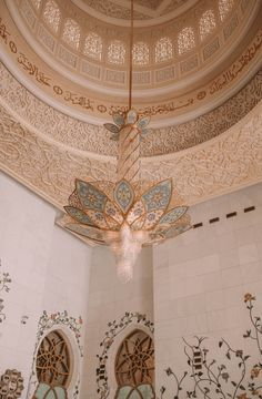 Sheikh Zayed Mosque is a favorite place to visit when I go to Abu Dhabi, a must