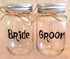 Custom PINT MASON JAR GLASSES with Words, Names, Wedding Party Titles. Made to order -----> $6.00 each