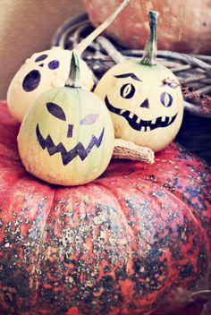dorfmädchenglück www.vintage-paper-design.blogspot.com Halloween DIY Kürbisgesichter malen statt schnitzen
