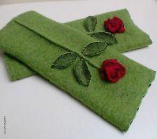 Armstulpen = Pulswärmer ~Walkwolle-Wolle-Spitze: grün ~ EDEL ~ NEU ~ 14113