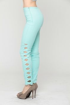 Discover the latest Cheap Trendy Clothes and fashionable women's clothing in-stock at CiCiHot. You'll find a variety of the hottest and trendy clothing for women including new style clothing and latest fashion trends. Hot Pants, Baggy Pants, Skinny Pants, Leggings Are Not Pants, Cheap Trendy Clothes, Clothes For Sale, Clothes For Women, Stylish Outfits, Cool Outfits