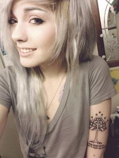 gray platinum hair leda muir ledamonsterbunny
