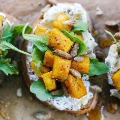 This pumpkin bruschetta fall appetizer is topped with ricotta & arugula and paired perfectly with a crisp glass of Kendall-Jackson Chardonnay. Fall Appetizers, Appetizer Recipes, Dinner Recipes, Delicious Appetizers, Bruschetta Recept, Best Party Food, Cheese Ball Recipes, Roast Pumpkin, Roasted Butternut