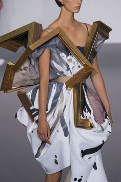 Wearable Art - broken painting dress; sculptural fashion // Viktor & Rolf Fall 2015