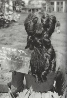 Vivien Leigh hair test for Gone With the Wind Go To Movies, Old Movies, Vintage Hollywood, Classic Hollywood, Hollywood Stars, Hollywood Glamour, Hair Test, Margaret Mitchell, Screen Test