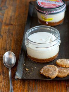 Banana Gingersnap Cheesecake Jars
