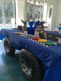 Monster Truck Birthday Party Hot Wheels Ideas For 2019 Hot Wheels Party, Hot Wheels Birthday, Race Car Birthday, Race Car Party, Cars Birthday Parties, Race Cars, Boys 2nd Birthday Party Ideas, Car Themed Birthday Party, Boy Birthday Themes