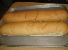 Homemade Cuban Bread/Pan Cubano Casero No substations Cuban Recipes, Bread Recipes, Cooking Recipes, Peruvian Recipes, Cooking Ideas, Yummy Recipes, Dinner Recipes, Cuban Bread, Cuban Cuisine
