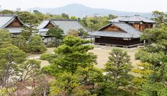 https://flic.kr/p/otEWoC | Nijo Castle Katsura Palace from the Donjon | These buildings were originally a gift from Prince Katsura, taken from his Imperial Palace at Katsura built in 1847 and gifted to Nijo Castle in 1898. Presumably this was done to allow the Dowager Empress to live here, but she died before moving into the Katsura Palace. The original Honmaru had buildings from Hideyoshi's Fushimi Castle which housed the Shogun and retainers. Its main keep was five stories tall, but was…