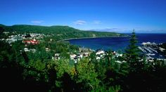 A coastal Québec road trip  A four hour, shore-clasping journey northeast of Québec City encompasses blue whale sightings, rustic alehouses and roadside ateliers.
