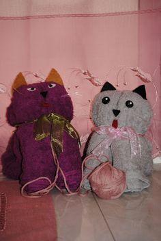 Debbie e le piccole cose: TUTORIAL: come fare un gattino con un asciugamano in pochi minuti
