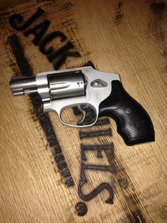 Smith & Wesson 642 38 special!!