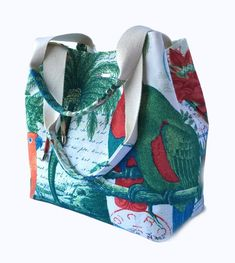 First of all, we start the magic ring with 16 double handrails and we need to weave a base for our 6 rows of net bags. Diaper Bag Patterns, Bag Patterns To Sew, Tote Pattern, Sewing Patterns, Weekender, Patchwork Bags, Crazy Patchwork, Simple Bags, Bag Making