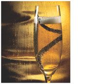 Vanilla Champagne Cocktail - The flavor of vanilla is one of the best pairings for the taste of bourbon