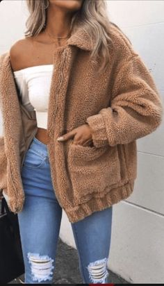 Cute Cozy Warm Fall Back to School Outfit Ideas for Teens for College - Aurora Popular Oversized Soft Comfy Sherpa Teddy Jacket Pixie Coat I am gia dupe - Fashion Mode, Look Fashion, Teen Fashion, Autumn Fashion, Fashion Outfits, Fashion Ideas, Jackets Fashion, Fashion 2016, Latest Fashion