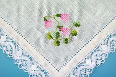 Exceptionelly well done vintage unused handmade pink Linea flower ( Smålands landscape flower ) motive cross-stitch embroidery on bonewhite linen square tablet/ table-cloth with white cotton lace. SIze: * / inch or * 47 cms. Blackwork Cross Stitch, Cross Stitch Art, Cross Stitch Flowers, Cross Stitching, Cross Stitch Embroidery, Hand Embroidery, Cross Stitch Patterns, Cross Stitch Numbers, Bargello Needlepoint