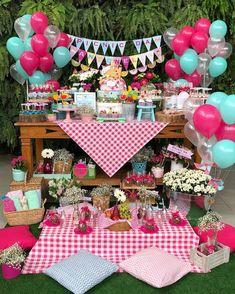 Super baby shower girl outdoor first birthdays Ideas Picnic Theme, Picnic Birthday, Birthday Parties, Picnic Parties, Girl Shower, Baby Shower, Strawberry Shortcake Birthday, 2 Baby, Picnic Decorations