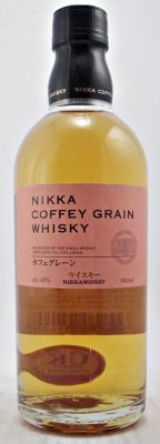 This Grain Whisky is distilled in a Coffey Still, which is a very traditional and rare patent still Nikka imported from Scotland in 1963. The Coffey Still prodeces a complex whisky with a mellow and sweet taste originating from the grain itself.