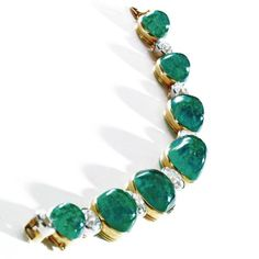 Cabochon emerald and diamond bracelet, Cartier, New York, 1923. photo Sotheby's