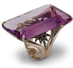 H.Stern 100 Carat Ring