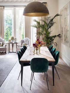 Get inspired by these dining room decor ideas! From dining room furniture ideas, dining room lighting inspirations and the best dining room decor inspirations, you'll find everything here! Dining Room Lighting, Dining Room Chairs, Dining Room Furniture, Dining Area, Table Lamps, Small Dining, Furniture Ideas, Furniture Design, Chair Design