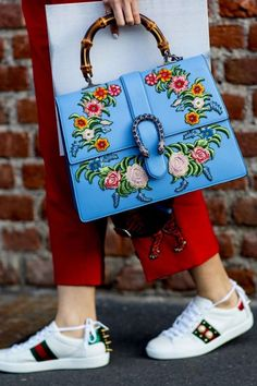 Lessons In Crushing It From the Street Style Accessories of Milan Fashion Week - Gucci Bag - Ideas of Gucci Bag - Dispatch From MFW: These Street Style Accessories Make the Whole Outfit Gucci Handbags, Gucci Bags, Ladies Handbags, Gucci Gucci, Replica Handbags, Kelly Bag, Popsugar, Fashion Bags, Womens Fashion