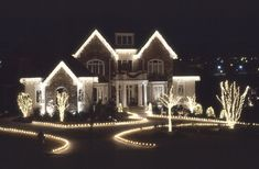 15 dazzling ideas for lighting your surroundings this christmas 30 luxury homes decorated for christmas christmas decorating ideasxmas ideasholiday ideasoutdoor decorationslight aloadofball Image collections