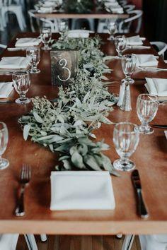 Greenery wedding cen