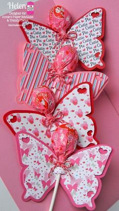 60 amazingly sweet Valentine's Day treats for kids - Hike n Dip . 60 amazingly sweet Valentine's Day treats for kids – Hike n Dip Valentines Day Treats, Valentines Day Decorations, Valentines For Kids, Valentine Day Crafts, Holiday Crafts, Homemade Valentines, Valentine Ideas, Butterfly Gifts, Butterfly Birthday Party