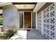 Decorative cement block privacy screen