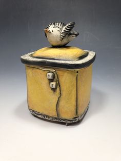 Hand built, beautiful lidded clay boxes by Babette Harvey Ceramic Boxes, Ceramic Jars, Ceramic Clay, Ceramic Painting, Hand Built Pottery, Slab Pottery, Pottery Vase, Ceramic Pottery, Clay Box
