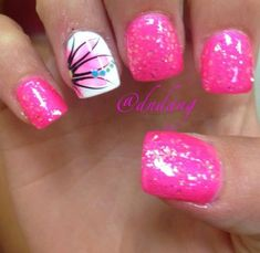 Semi-permanent varnish, false nails, patches: which manicure to choose? - My Nails Diy Nails, Glitter Nails, Cute Nails, Pretty Nails, Sparkly Nails, Pink Sparkly, Pink Glitter, Nagellack Trends, Nagel Gel