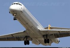 McDonnell Douglas MD-83 (DC-9-83) aircraft picture