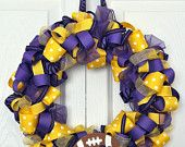 Use VT colored ribbons to make a game day wreath :)