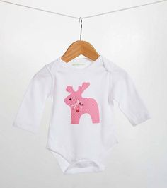 A lovely pink spotty reindeer bodysuit for any little girl. The reindeer has been hand sewn on using pink spotty material, pink ribbon and sequins. Available in Red, Blue and green.This lovely Pink Spotty Reindeer Bodysuit would be a wonderful gift for any little girl that loves Reindeers. The perfect present from mummies, daddies, grandparents, godparents, friends and Reindeer lovers! Although, there are no exceptions so I'm sure any little girl would love to receive this Pink Spotty…