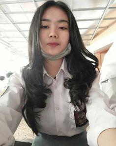 School Girl Outfit, Girl Outfits, School Images, Cute Asian Girls, Beautiful Asian Women, Ulzzang Girl, Asian Woman, Asian Beauty, Like4like