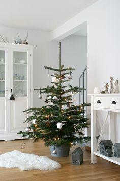 petite Christmas tree | Pinpanion