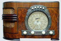 Antique Zenith Radio