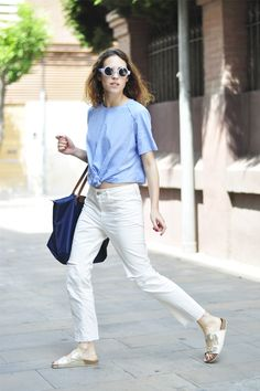 """Saray of Dans Vogue in """"How to style your Birkenstocks (part II)"""" Estilo Birkenstock, Birkenstock Outfit, Farm Girl Style, Estilo Blogger, Girl Fashion, Fashion Outfits, Birkenstocks, International Fashion, All About Fashion"""