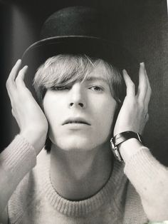 "bowieakajohn: ""goblin-stardust-47: "" wingedbelievereagle: "" missadler1897: "" From 'Bowie Unseen' by Gerald Fearnley. [MY PHOTO] "" "" Fetus Bowie "" I love this lil London Boy!"