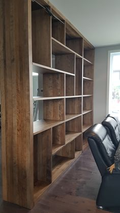 BIBLIOTHÈQUE SUR MESURE - MERISIER - AMBRÉE FONCÉE   #bibliotheque #surmesure #lusine #merisier #ambreefoncee Shelving, Bookcase, Home Decor, Drawing Rooms, Homemade Home Decor, Shelves, Shelf, Open Shelving, Decoration Home