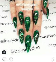 Nails long stilleto green