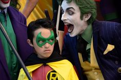 Characters: Robin & Joker / From: DC Comics 'Batman' / Cosplayers: Unknown as Robin & Anthony Misiano (aka Harley's Joker) as Joker Dc Cosplay, Joker Cosplay, Best Cosplay, Awesome Cosplay, Robin Cosplay, Cosplay Ideas, Cool Costumes, Cosplay Costumes, Creative Costumes
