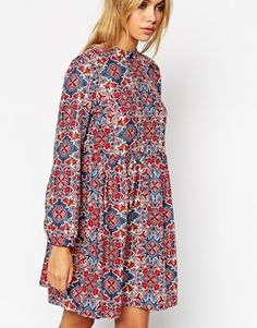Shop ASOS Reclaimed Vintage Smock Dress With High Neck In Geo Print at ASOS. Asos, Smock Dress, Moda Online, Head To Toe, 70s Fashion, Smocking, Latest Trends, Casual, Vintage