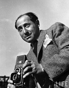 Alfred Eisenstaedt & Rolleiflex.