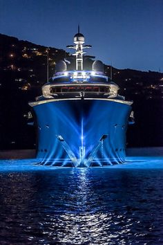 Count Down to @mys_monaco Yachts yachts in show Lurssens 85M MY/Solandge at night last years show…