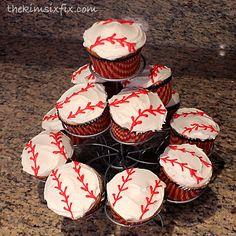 Easy Baseball Cupcakes.. SERIOUSLY Easy via www.TheKimSixFix.com