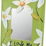Strengthen your self image every day and celebrate yourself with this charming mirror decorated with flowers and a reassuring message. Decorative painting.