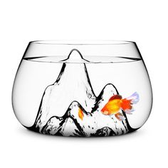 If we ever got a fish, I would totally get this fishbowl ... so cool! #pets #fish